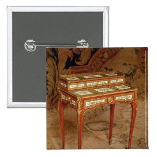 El escritorio de la mujer con los paneles de la po chapa cuadrada 5 cm