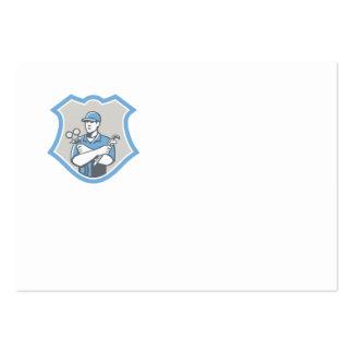 El escudo del mecánico del aire acondicionado de l plantilla de tarjeta personal