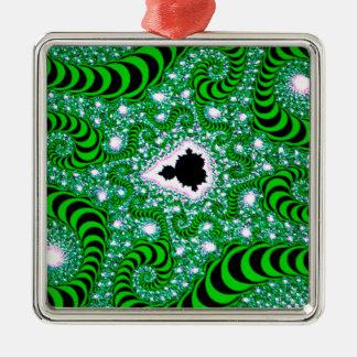 El extracto colorea gusanos verdes adorno de reyes