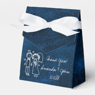 El favor del boda de los pares de los azules caja para regalos