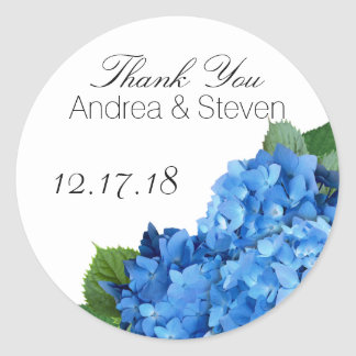 El favor floral azul del boda le agradece las pegatina redonda