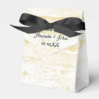 El favor negro blanco de madera de oro del boda le caja para regalos