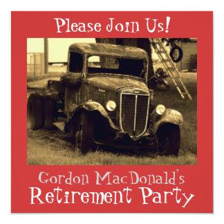El fiesta de retiro antiguo del camión invita anuncios