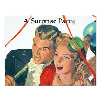 El fiesta de sorpresa retro celebra el compromiso invitación 10,8 x 13,9 cm