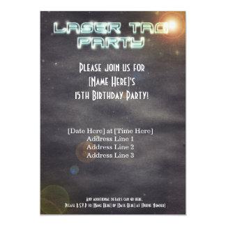 El fiesta negro de la etiqueta del laser invita invitación 12,7 x 17,8 cm