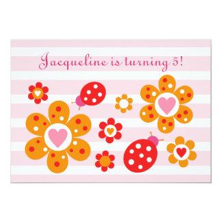 El fiesta precioso de las flores de la mariquita invitación 12,7 x 17,8 cm