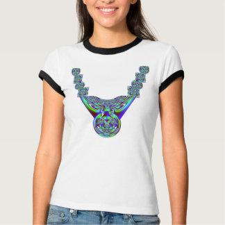 El fractal de la turquesa gotea la camisa