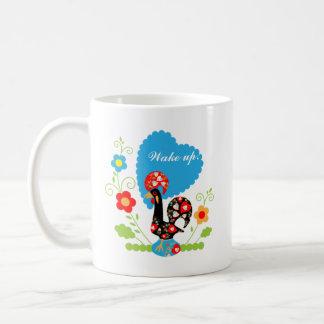 El gallo portugués de la suerte taza básica blanca