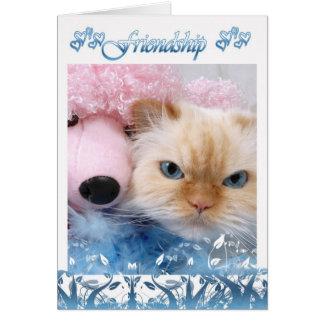 El gato bonito de la tarjeta de cumpleaños de la a