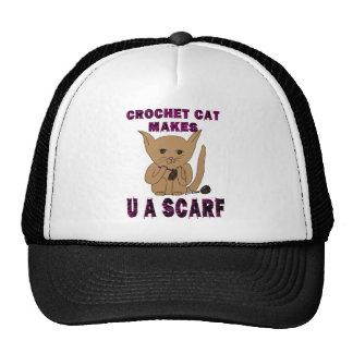 El gato del ganchillo hace U una bufanda Gorras