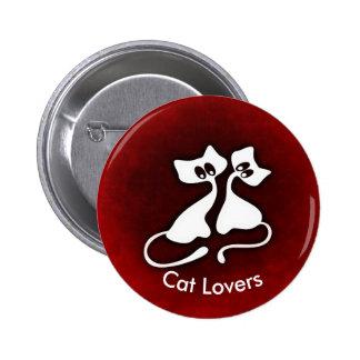 El gato romántico lindo junta el botón
