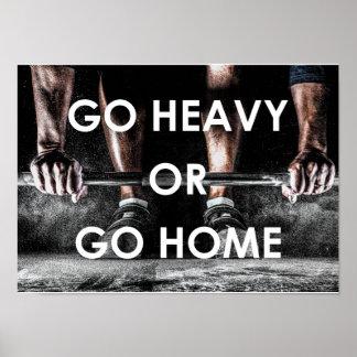 El gimnasio carga el poster de motivación de la