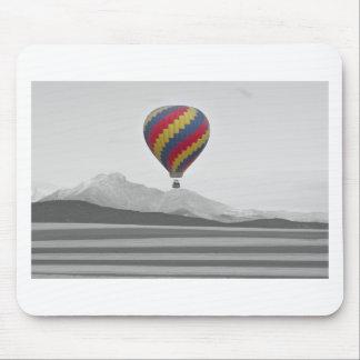 El globo colorido del aire caliente de Colorado y  Tapetes De Raton