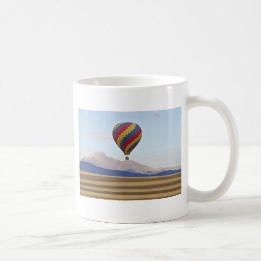 El globo y Colorado del aire caliente desea pico Tazas De Café