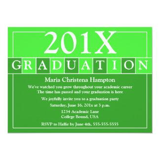 El graduado teja la invitación (el verde)