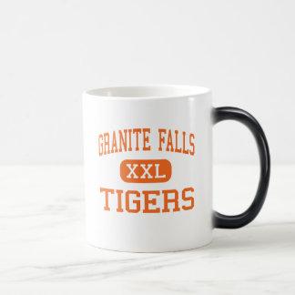 El granito cae - los tigres - arriba - las caídas  tazas