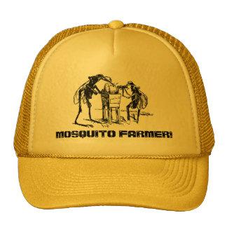 El granjero del mosquito afila antropomorfo de pie gorro de camionero