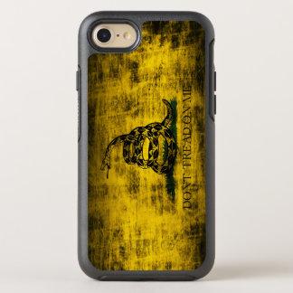 El Grunge del vintage no pisa en mí la bandera Funda OtterBox Symmetry Para iPhone 8/7