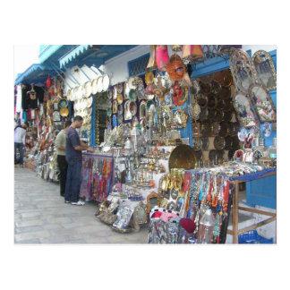 el hacer compras en un bazar en Túnez Postal