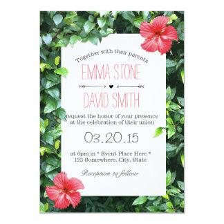 El hibisco rojo tropical florece el boda hawaiano invitación 12,7 x 17,8 cm