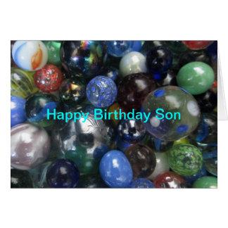 El hijo del feliz cumpleaños vetea la tarjeta