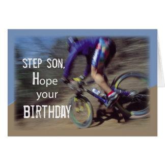 El hijo del paso se divierte cumpleaños de la bici tarjeta de felicitación