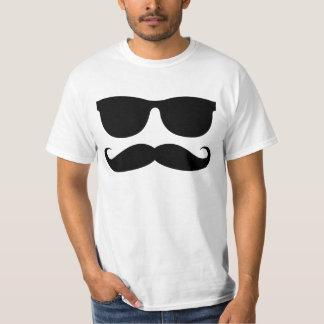El hombre del bigote camisetas