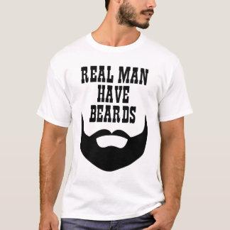 El hombre real tiene barbas camiseta