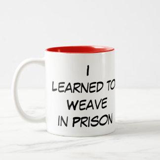 El I de Yarnivore aprendió tejer en taza de la