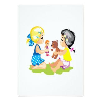 El jugar con las muñecas invitación personalizada