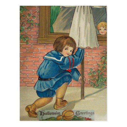 El jugar engaña (la tarjeta de Halloween del vinta Postal