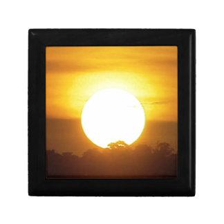 el kground añade la puesta del sol CONOCIDA de la Caja De Regalo