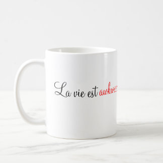 """El """"La compite la taza torpe del est"""" (la fuente"""