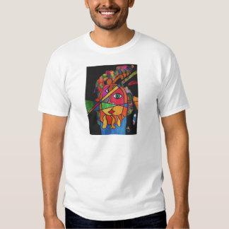 El lanzador de jabalina camiseta