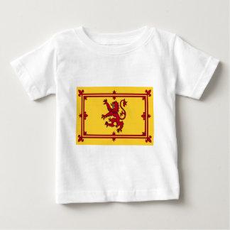 El león desenfrenado de Escocia Camiseta De Bebé