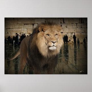 El león poderoso de la tribu de Judah Póster