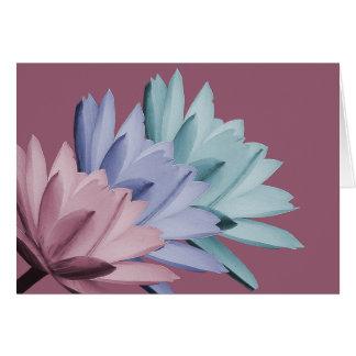 El lirio de agua colorido florece la moda de la tarjeta pequeña