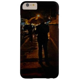 El llover en Plumstead Funda Barely There iPhone 6 Plus