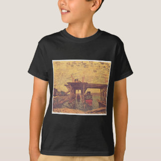 El Loing en Moret de Alfred Sisley Camiseta
