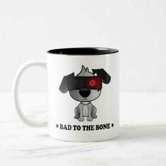 """El """"malo el perro dos de la pelusa del hueso"""" taza bicolor"""