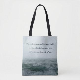 El mar es bolso peligroso de la cita de Magellan