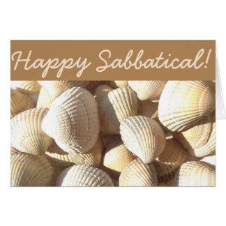 El mar sabático feliz descasca la playa tropical tarjeta de felicitación