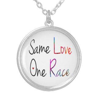 El mismo amor, un collar de la raza