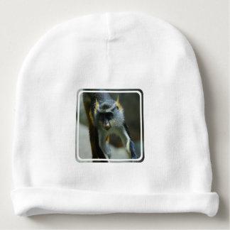 El mono del lobo lindo gorrito para bebe