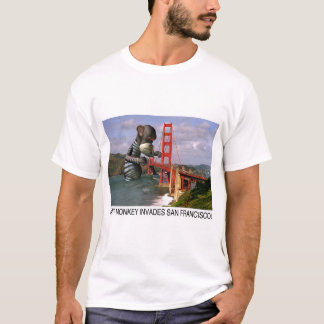 El mono gigante invade San Francisco (la camiseta) Camiseta