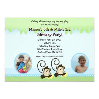 El mono tonto hermana cumpleaños de la foto invita invitación 12,7 x 17,8 cm