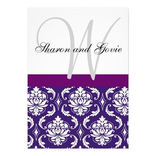 El monograma púrpura del damasco nombra la invitac comunicados personalizados