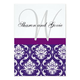 El monograma púrpura del damasco nombra la invitación 12,7 x 17,8 cm