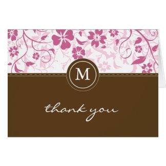 El monograma rosado floral de Brown le agradece ca Felicitación