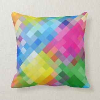 El mosaico multicolor abstracto ajusta el modelo cojín decorativo